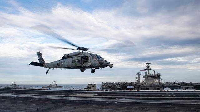 Hai nhóm tác chiến tàu sân bay Mỹ tập trận ở Biển Đông - 5