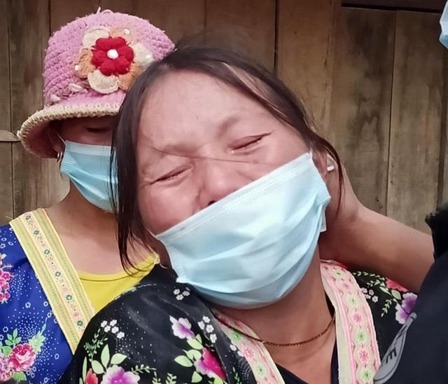 Mối tình bất ngờ của người đàn ông dân tộc Mông khóc ngất bên đống tro tàn - 5