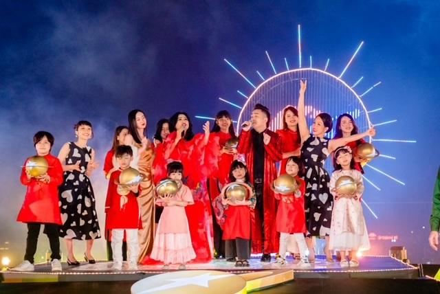 Tết Ánh Dương - Siêu trình diễn âm nhạc và ánh sáng đón Giao Thừa kết hợp với công nghệ AR - 3