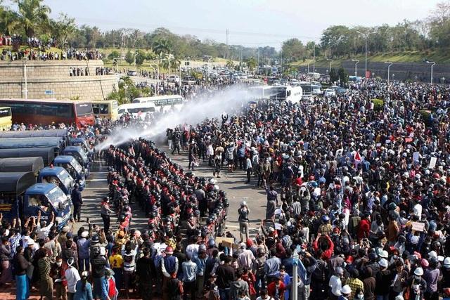Hệ thống xét nghiệm Covid-19 tại Myanmar sụp đổ vì biểu tình lan rộng - 2