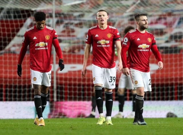 Rio Ferdinand gạch tên Man Utd ở cuộc đua vô địch - 1
