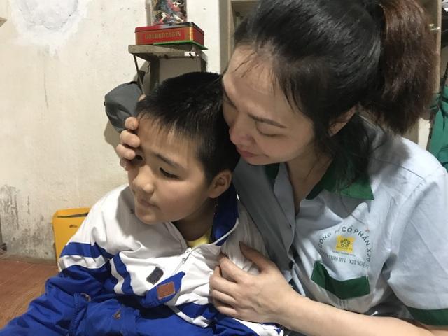 Người mẹ đau đớn cầu xin sự sống cho con ngày áp Tết - 5
