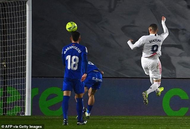 Đánh bại Getafe, Real Madrid chỉ còn kém Atletico 5 điểm - 1