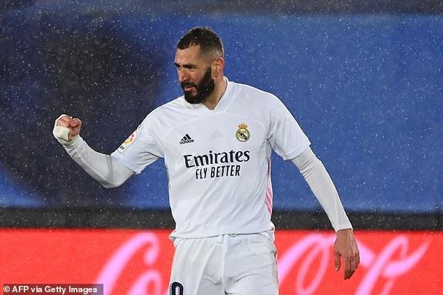 Đánh bại Getafe, Real Madrid chỉ còn kém Atletico 5 điểm - 2