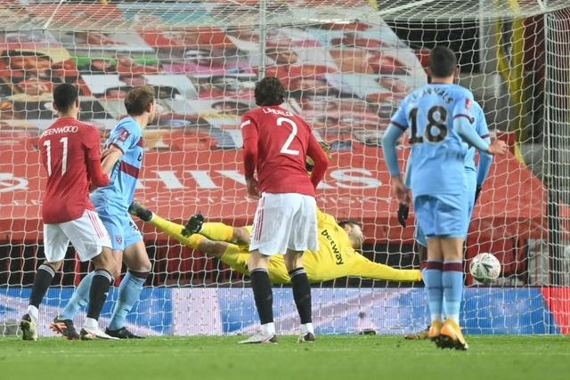 Những khoảnh khắc Man Utd vượt qua West Ham - 9