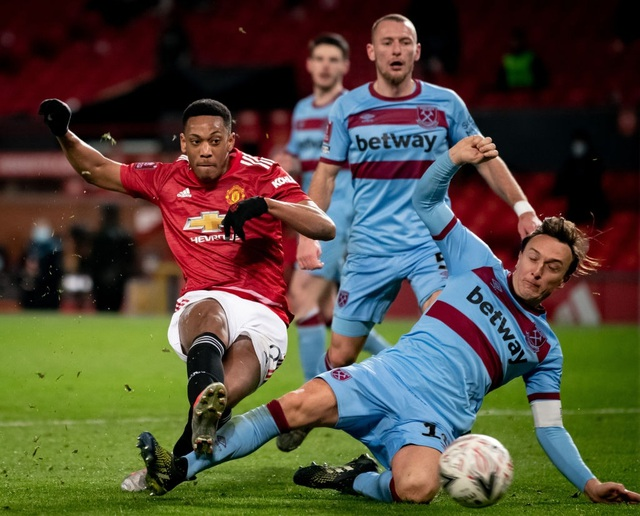 Những khoảnh khắc Man Utd vượt qua West Ham - 3