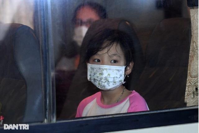 15 học sinh trường tiểu học Xuân Phương được về ăn Tết, cách ly tại nhà - 11