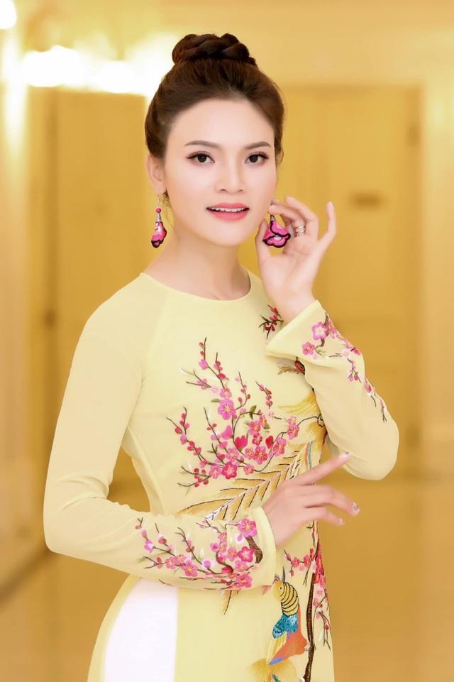 Nghệ sĩ Việt chúc Tết Tân Sửu độc giả Dân trí - 6