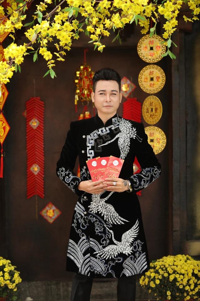 Nghệ sĩ Việt chúc Tết Tân Sửu độc giả Dân trí - 11