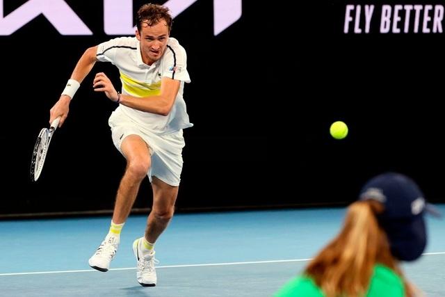 Australian Open: Nadal tiến nhanh qua thử thách thứ hai - 2