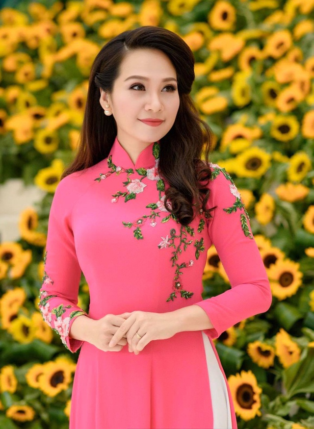 Nghệ sĩ Việt chúc Tết Tân Sửu độc giả Dân trí - 3