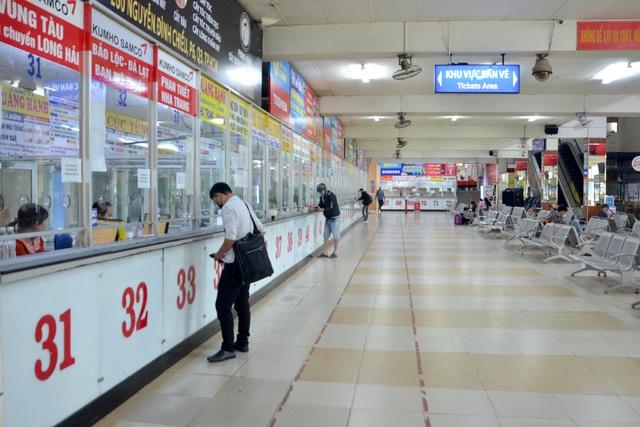 Bến xe Miền Đông vắng hoe ngày 30 Tết - 2