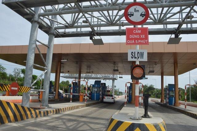 Nhận diện 5 lỗi tài xế ô tô cần tránh khi qua trạm thu phí - 3