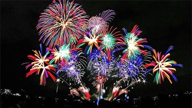 Mẹo chụp ảnh pháo hoa đẹp trong đêm giao thừa - 1