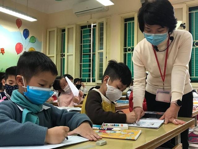 Bộ GDĐT sẵn sàng ứng phó nếu dịch Covid-19 xảy ra trong trường học - 1
