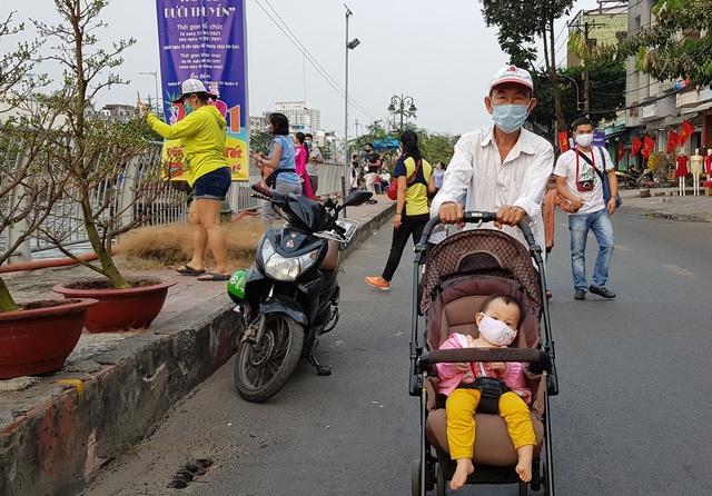 Bác sĩ hướng dẫn giữ an toàn cho con trẻ khi đi du xuân - 3