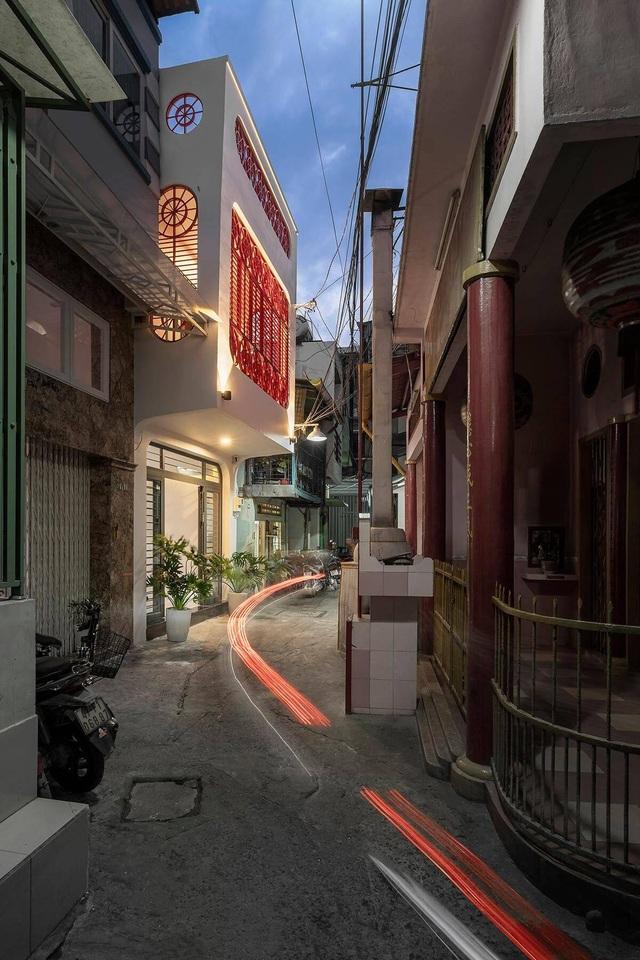 Nhà 50 tuổi cũ kỹ lột xác thành không gian sống vạn người mê ở Sài Gòn - 2