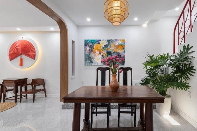 Nhà 50 tuổi cũ kỹ lột xác thành không gian sống vạn người mê ở Sài Gòn - 8