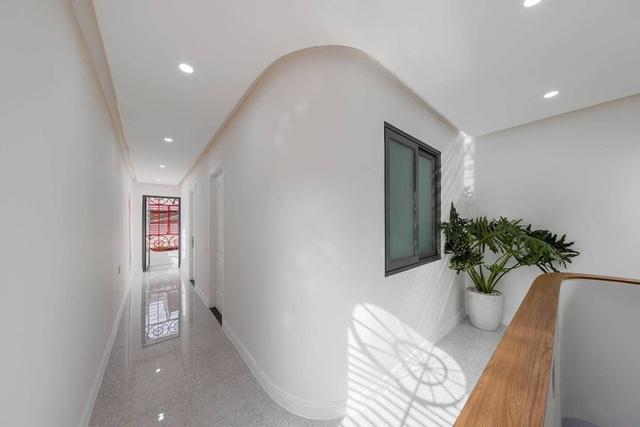 Nhà 50 tuổi cũ kỹ lột xác thành không gian sống vạn người mê ở Sài Gòn - 9