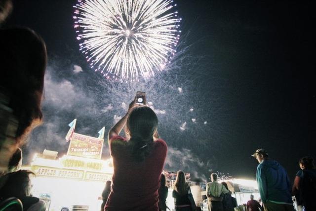 Mẹo chụp ảnh pháo hoa đẹp trong đêm giao thừa - 4