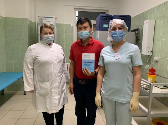 Người Việt tại Nga hưởng ứng việc tiêm vaccine ngừa Covid-19 - 2