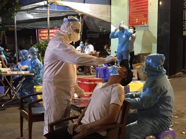 Nữ công nhân khu công nghiệp Tân Bình dương tính với SARS-CoV-2 - 2