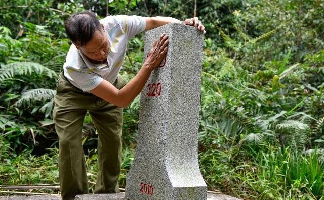 Hai cha con người Mông gần 30 năm bảo vệ cột mốc biên giới - 2