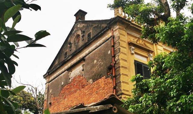 Những ngôi biệt thự kiến trúc Pháp gần 100 năm tuổi ở làng lụa Á hậu - 7