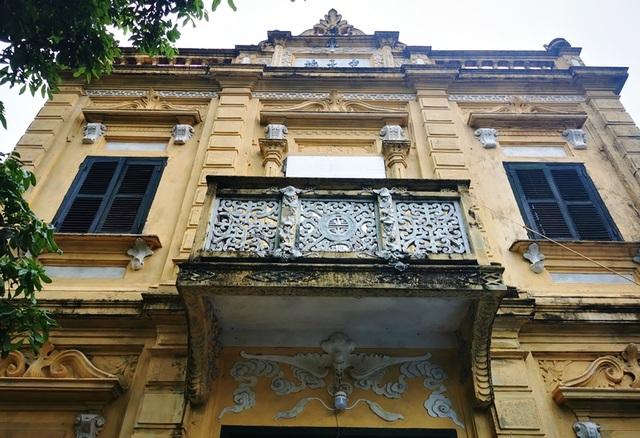 Những ngôi biệt thự kiến trúc Pháp gần 100 năm tuổi ở làng lụa Á hậu - 3