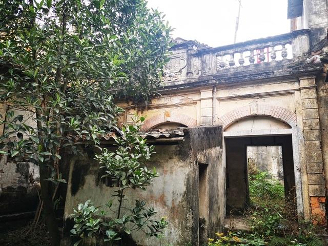 Những ngôi biệt thự kiến trúc Pháp gần 100 năm tuổi ở làng lụa Á hậu - 8