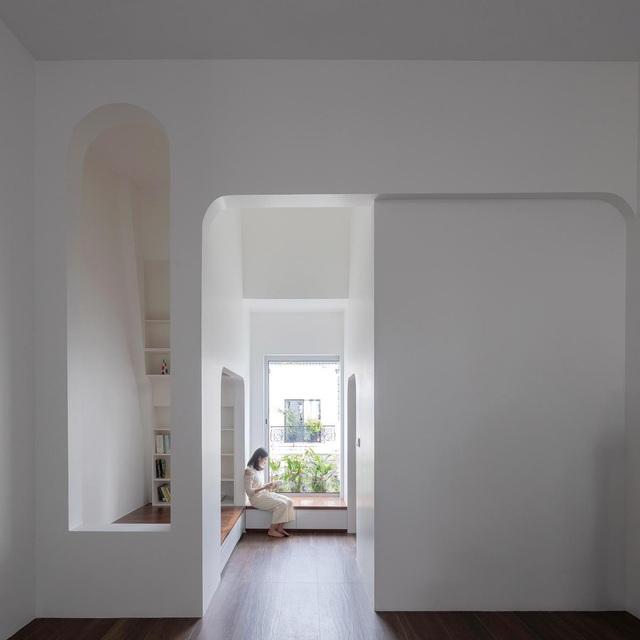 Biệt thự trắng hoành tráng ở con phố sầm uất bậc nhất Hà Nội - 6