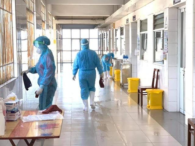 Quảng Ninh: 3 ngày Tết không ca nhiễm, siết chặt phòng dịch tại các di tích - 1