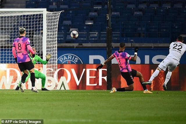 Đánh bại Nice, PSG trở lại ngôi đầu bảng Ligue 1 - 2