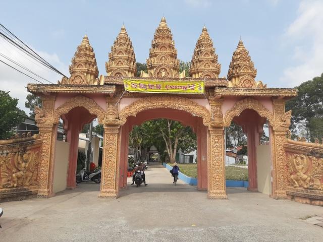 Cận cảnh chùa trăm tuổi, có tượng Phật nằm khổng lồ độc nhất Việt Nam - 1