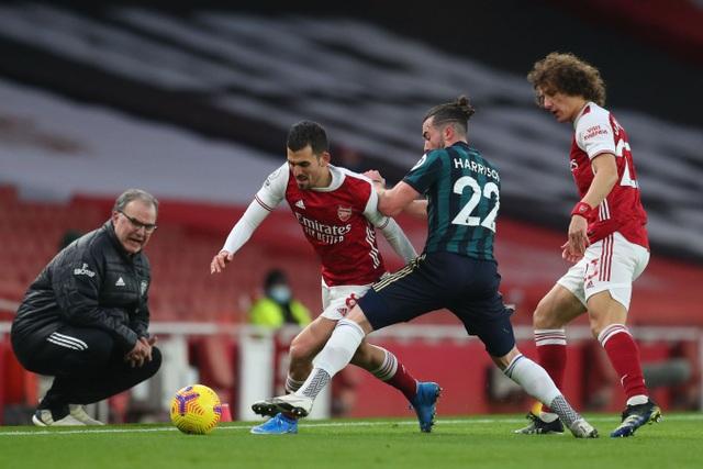 Aubameyang thăng hoa rực rỡ, Arsenal vượt mặt Leeds - 3