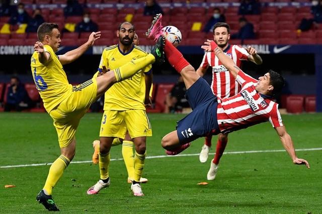 Messi đã đúng khi Barcelona tự đánh mất báu vật Luis Suarez - 5