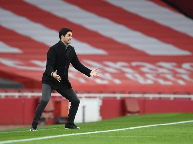 Aubameyang thăng hoa rực rỡ, Arsenal vượt mặt Leeds - 15