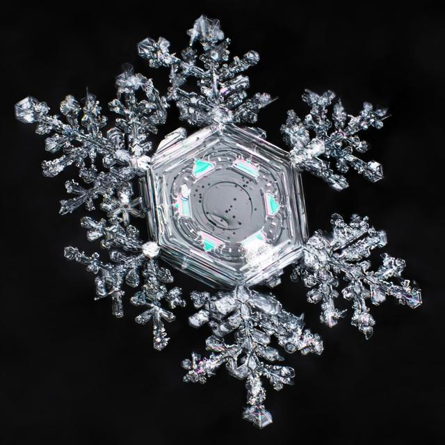 Tuyết là gì mà cấu trúc của nó vẫn làm các nhà vật lý học phải đau đầu - 2