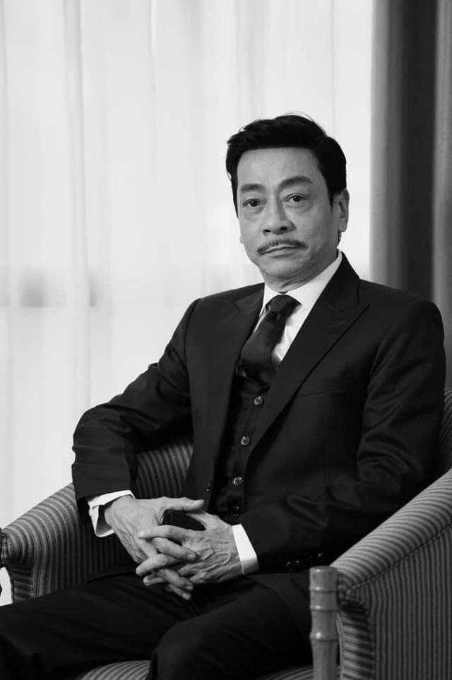 Đạo diễn Trần Lực xúc động hát Cát bụi tặng cố NSND Hoàng Dũng - 2