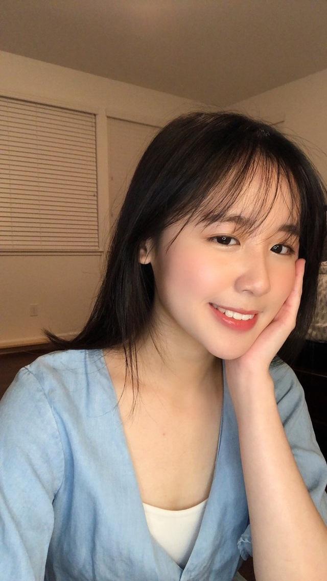 Cô gái sinh tư với vẻ đẹp mộng mơ tựa gái Hàn - 1