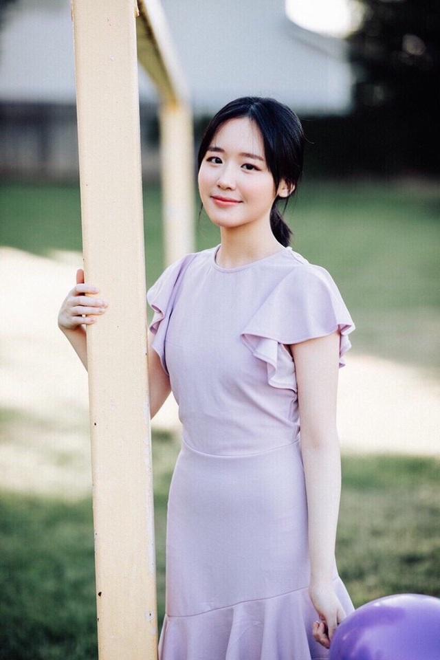Cô gái sinh tư với vẻ đẹp mộng mơ tựa gái Hàn - 6