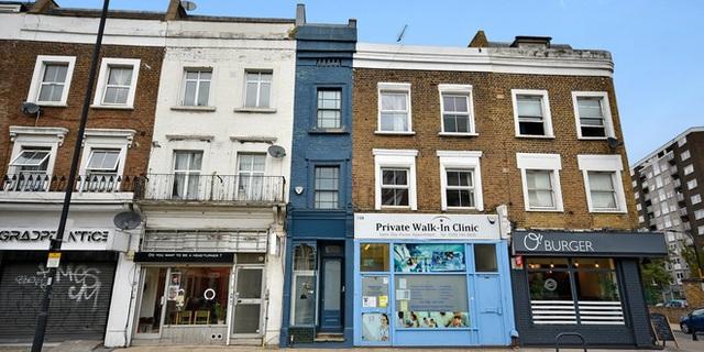 Mục sở thị ngôi nhà mỏng nhất Vương quốc Anh được rao bán 1,3 triệu USD - 1