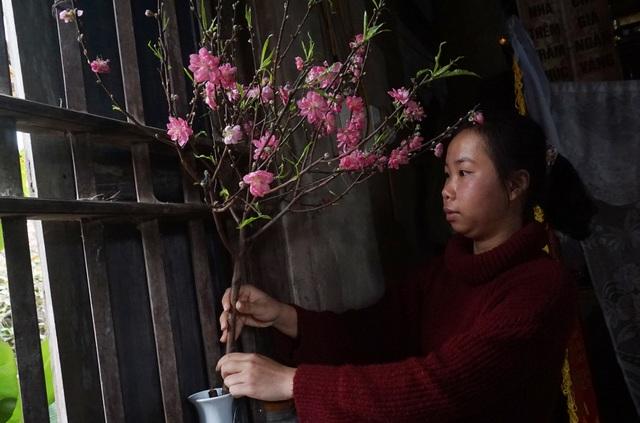 Con đường đến học bổng đại học 1 tỷ đồng của cô bé nghèo xứ Nghệ - 3