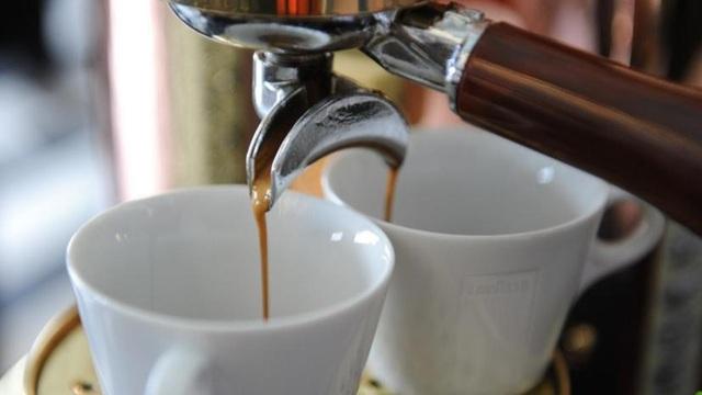 Muốn giảm béo, cứ yên tâm uống cà phê? - 1