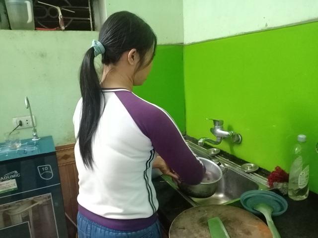 Nhiều gia đình ở Hà Nội loay hoay tìm người giúp việc sau Tết - 1
