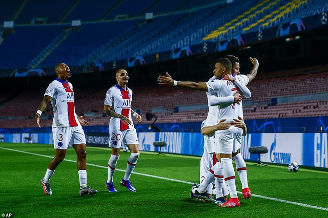 Barcelona 1-4 PSG: Cú hattrick của Mbappe - 15