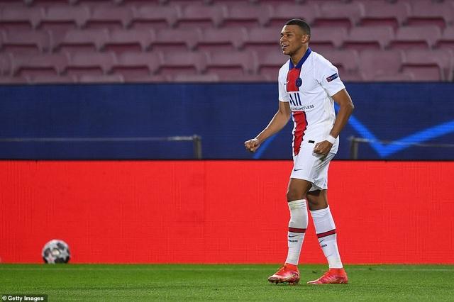 Barcelona 1-4 PSG: Cú hattrick của Mbappe - 14