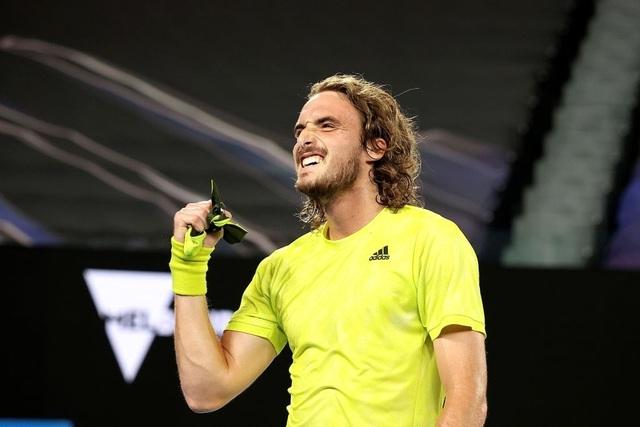 Australian Open: Ngược dòng hạ Nadal, Tsitsipas vào bán kết - 1