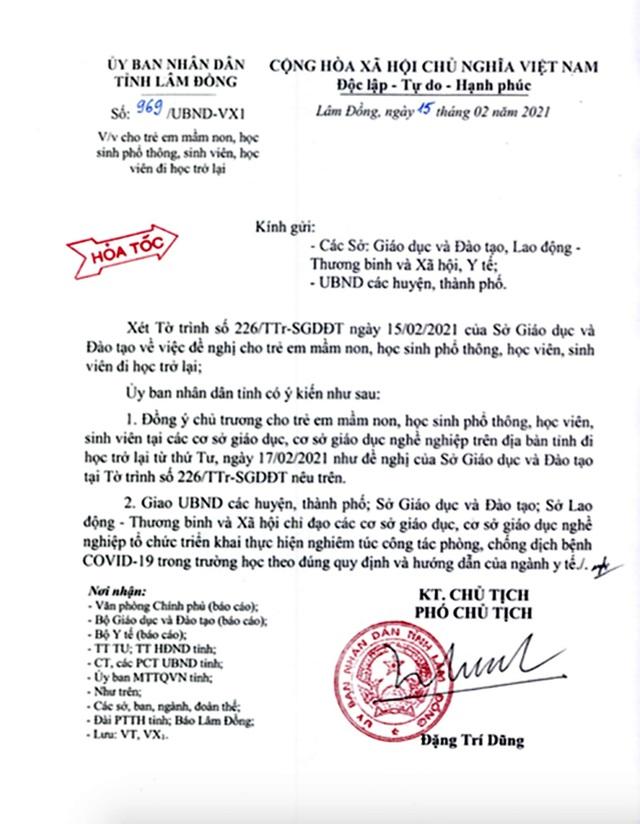 Triệu tập học sinh lớp 10 chỉnh sửa văn bản hỏa tốc của UBND tỉnh - 1