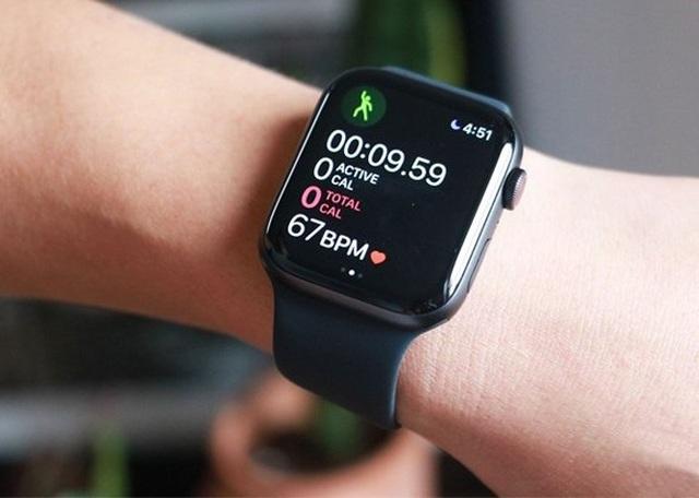 Apple Watch bị dính lỗi sạc pin, sẽ được sửa miễn phí - 1